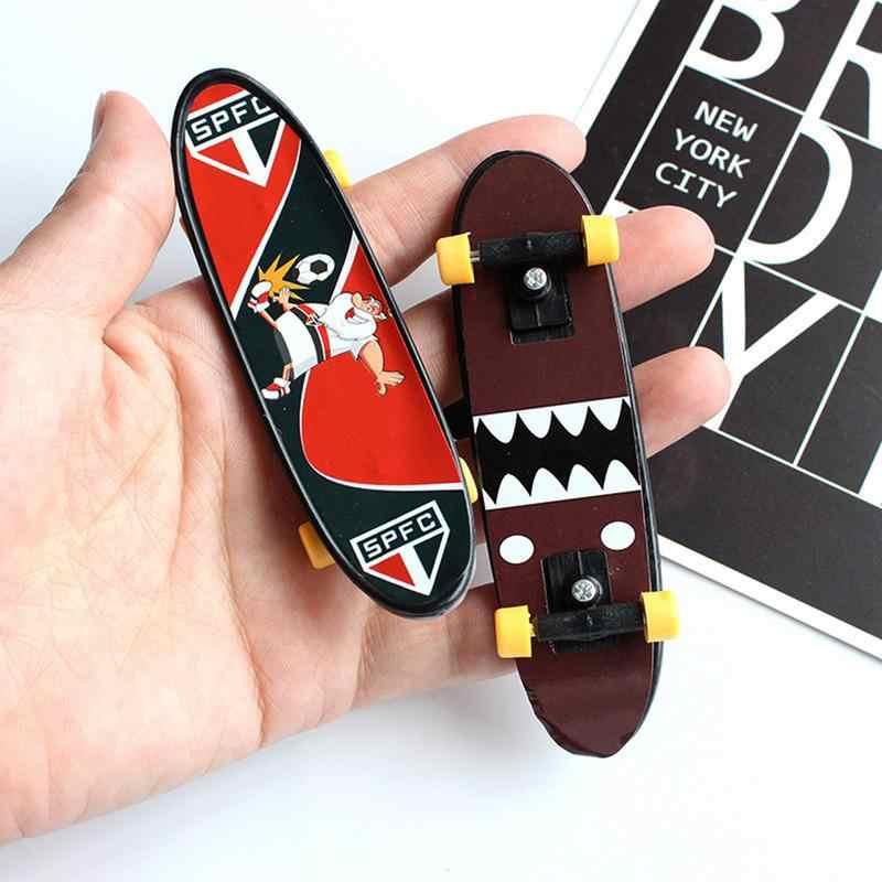 Скейтборд палец игрушки Творческий палец движение палец доска мини фингерборд сплав скейт интернат игрушки случайный цвет