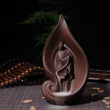 A blade of Guan Yin Buddha carved ceramic incense burners go back in creative Tower sandalwood fragrance fragrant