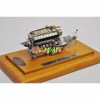 1/18 Весы Модель CMC Bugatti 57 SC двигатели для автомобиля Модель игрушки из сплава хобби деревянный база коллекционные подарки Бесплатная доставк