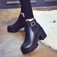 Botas Mujer женские сапоги на платформе и квадратном каблуке женская обувь из PU искусственной кожи сапоги до бедра мотоциклетная обувь лидер про...