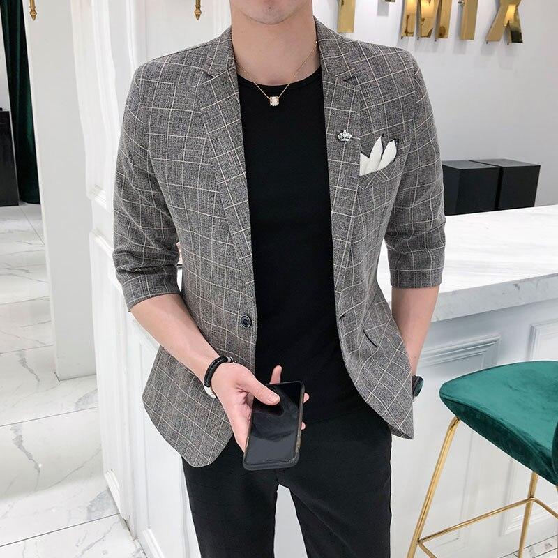 2018 novos Coreano dos homens Britânicos sete-ponto mangas ternos juventude jovem Magro business casual terno Xadrez jaqueta