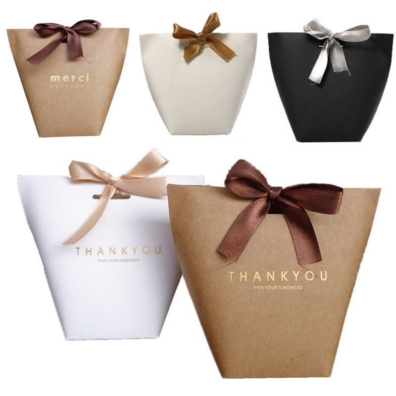 Gift Box Package Kfaft Paper Bags Upscale Black White Bronzing French Thank You Guests Packaging Boxes Merci Candy Bag 5 Pcs