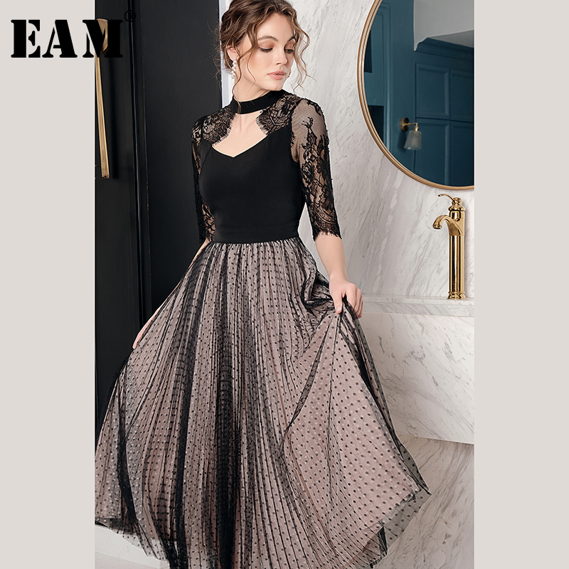EAM 2019 New Spring Summer Round Neck Half Sleeve Black Lace Hollow Out Big Hemline