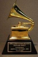 フルサイズグラミー賞、金属アメリカグラミー賞、グラミートロフィー -