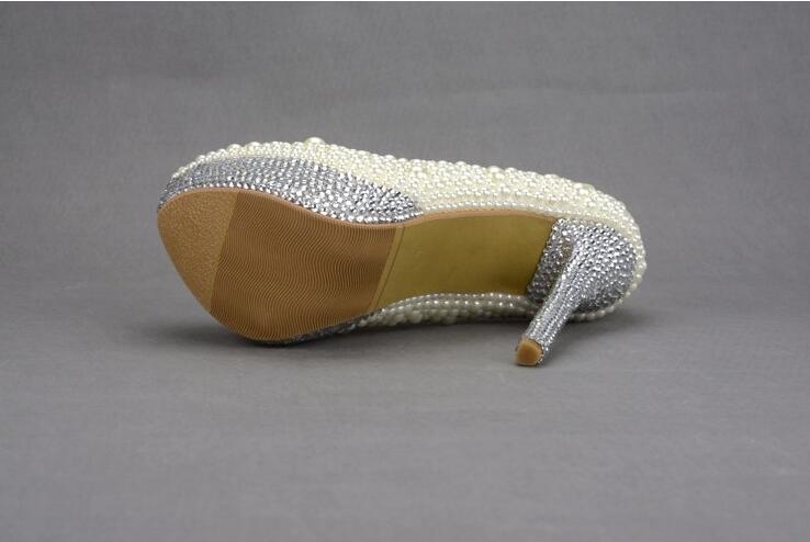 Profonde Mariage Cristal sur Perles À Peu De Élégant Chaussures Mariée Hauts 43 34 Ronde Talons La Main Taille Grande Blanc Tête Personnalisé Slip qawpUp