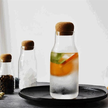 Creative Transparent Glass Water Juice Milk Bottle Clear Heat-resisting Milk Juice Water Glass Bottle with Wooden Stopper 1