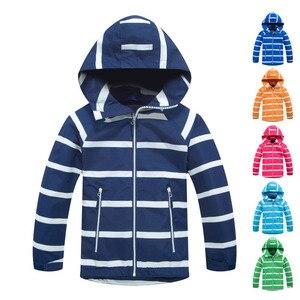 Image 1 - Çocuk su geçirmez ceketler dış giyim spor ceket rüzgar geçirmez Polar Polar sıcak tutan kaban sonbahar çocuk ceket çocuklar kapşonlu rüzgarlık