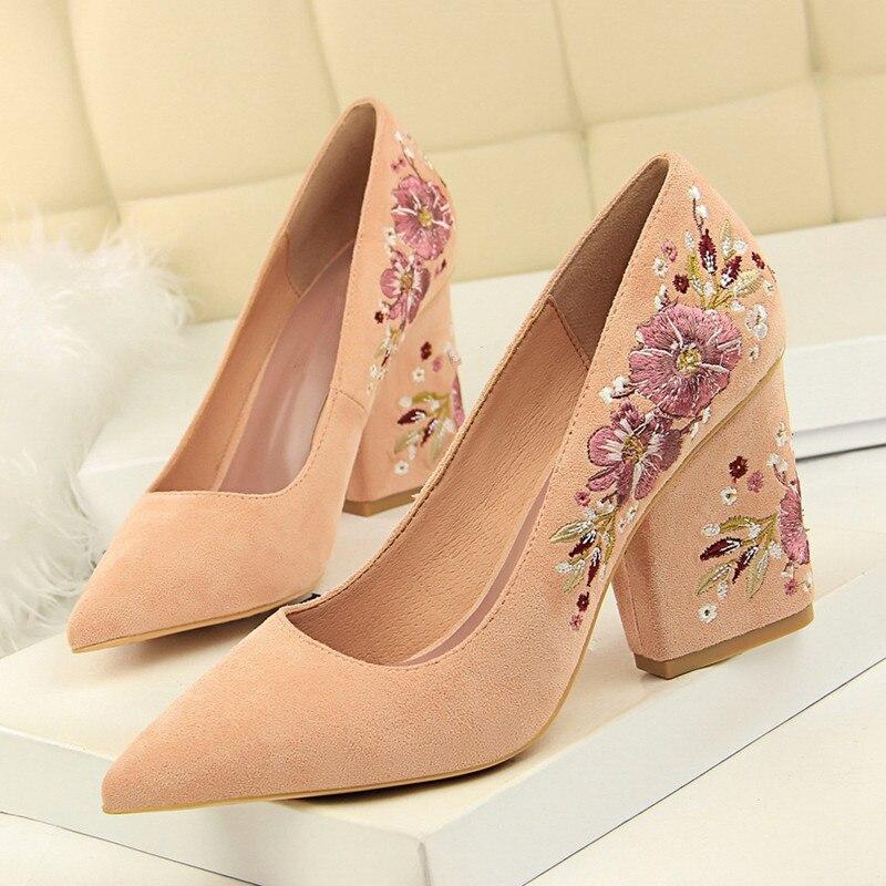 Broder femmes pompes 8.5cm talons hauts bout pointu robe de mariée pompes confortables dames élégantes chaussures femme DS-A0315