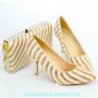 Комплект из туфель и сумочки золотистого цвета, свадебные туфли, вечерние клатчи в итальянском стиле, милые туфли принцессы высокого качест
