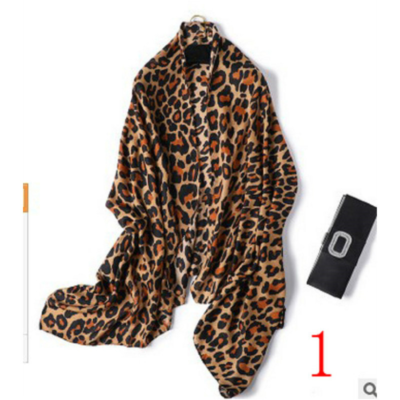 Coffee Black Leopard Print Square Scarves Printed 2018 New Design Crepe Satin Silk Winter Ladies Scarves Wraps
