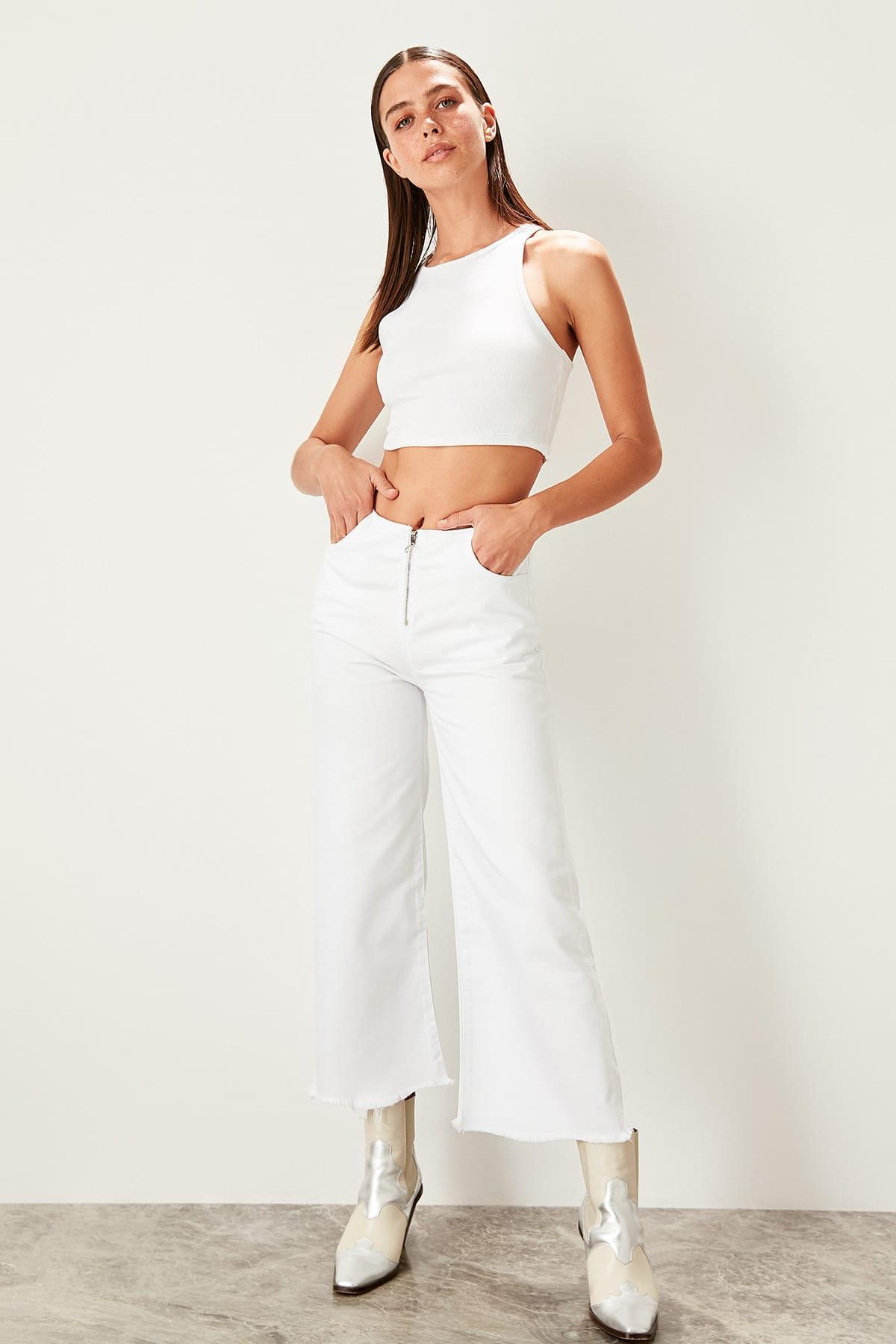 Trendyol White Zipper Detail Normal Waist Culotte Jeans TWOSS19LR0256