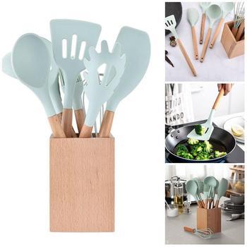 Utensilios de cocina conjunto de silicona con bambú manijas de madera para  utensilios de cocina antiadherentes 2eacf93c7221