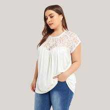 Large size lace stitching T shirt 5XL Casual Lace Tshirt O Sleeve Loose Shirt White Tops Sweet Summer Fashion Sexy Shirts D30