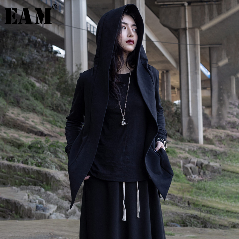 [EAM] 2020 New Spring Autumn Hooded Long Sleeve Black Personality Irregular Hem Short Jacket Women Coat Fashion Tide JR379