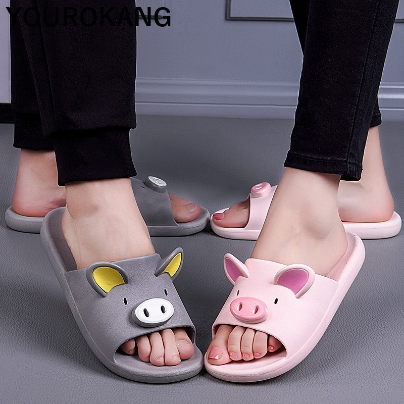 Piggy beach slippers 3
