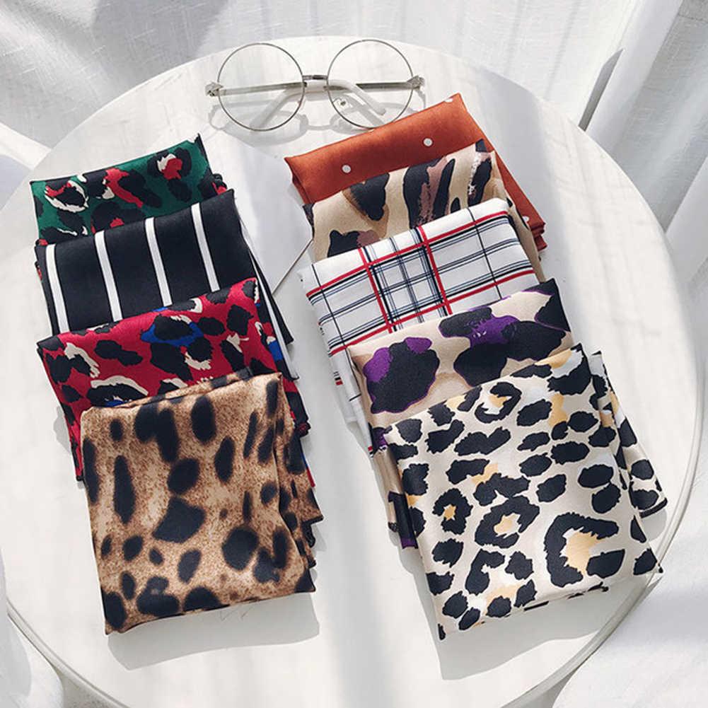 50*50cm di Modo di Polka Dot Sciarpa di Seta Leopardo FAI DA TE Nuove Donne di Stili di Testa Collo Piccola Piazza Sciarpa di Raso legami dei capelli Fasce di Fazzoletto Da Collo