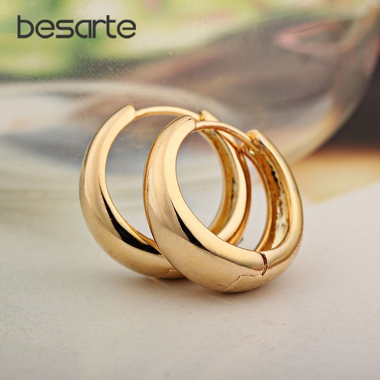 Sale Gold CC Hoop Earrings For Women Gold Earring Brinco Ouro Ear Cuff Ohrringe Boucle Doreille Bijoux Femme E0204