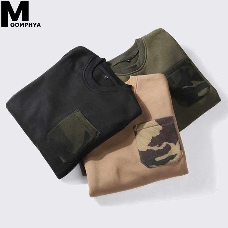 Moomphya Сращивание камуфляж нагрудный карман толстовки для мужчин Уличная Хип-хоп теплый флисовый свитшот для мужчин пуловер толстовки для мужчин EU размеры