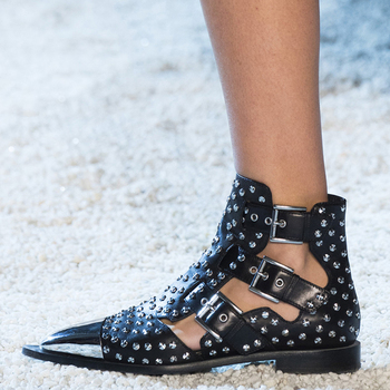 Punk Style Bling Metal Toe Rivets Studs Ankle Boots Flat Heels Women Belt Buckled Cut  out Cool Female Summer Motorcycle Boots