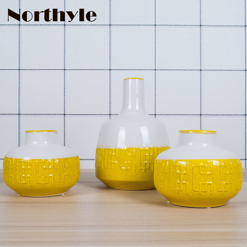 Chinese traditional yellow floor ceramic vase home decoration porcelain flower wedding bottle