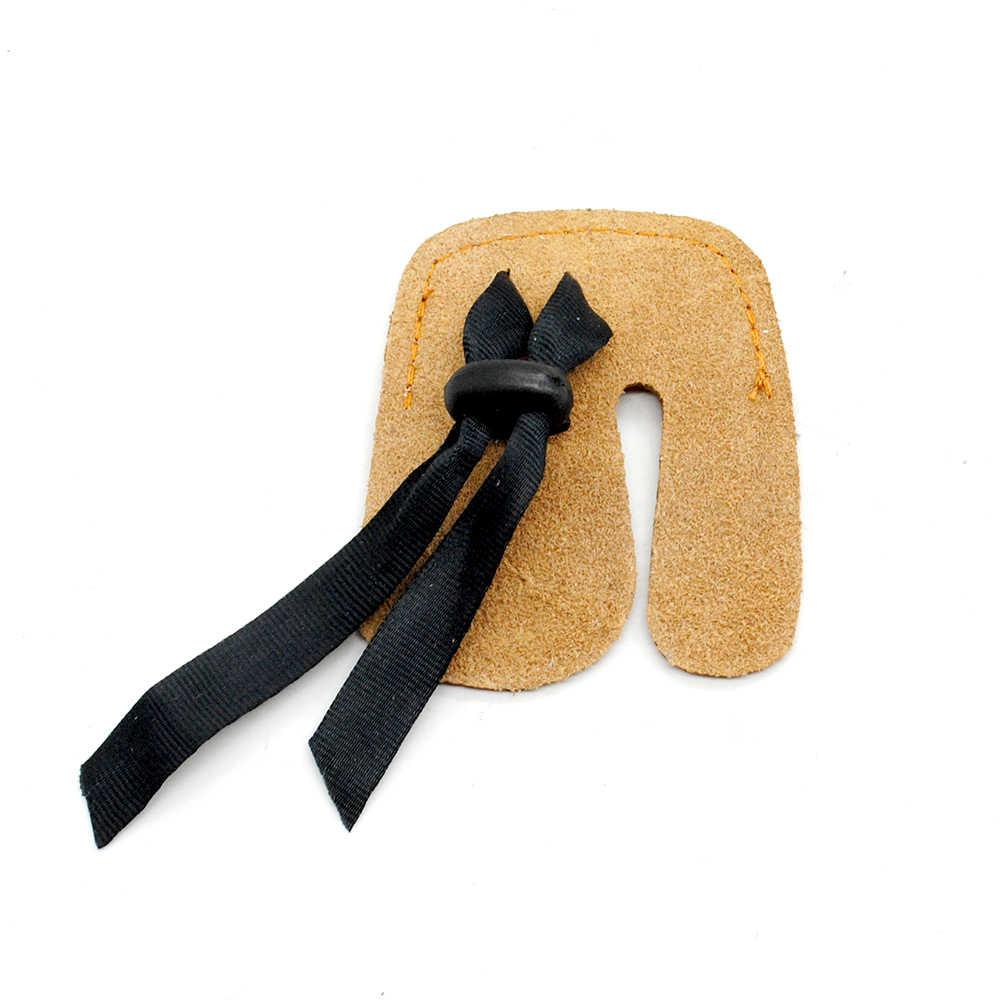 ランダムな色牛革アーチェリー指ガード保護パッドグローブタブ弓