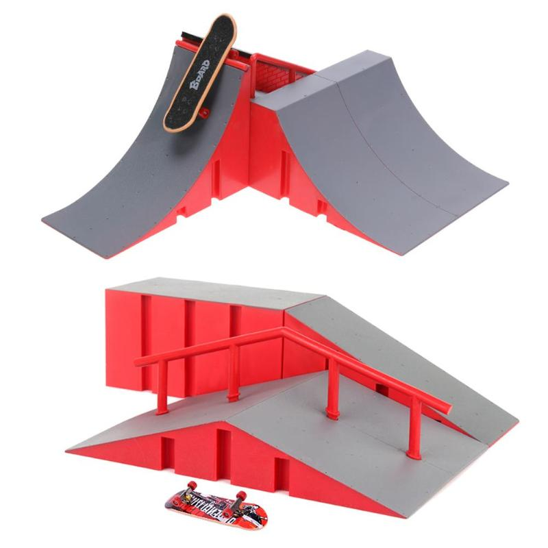 1 Pc Mini Finger Skateboard Kinder Kinder Kunststoff Legierung Griffbrett Skateboard Rampe Training Tabelle Spiel Spielzeug Geschenke