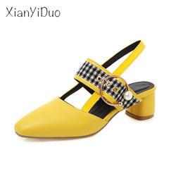Xianyiduo 2019 новый летний лакированная кожа обувь на среднем каблуке блочные сандалии квадратный носок плюс Размеры 33-48 цвет: желтый, белый