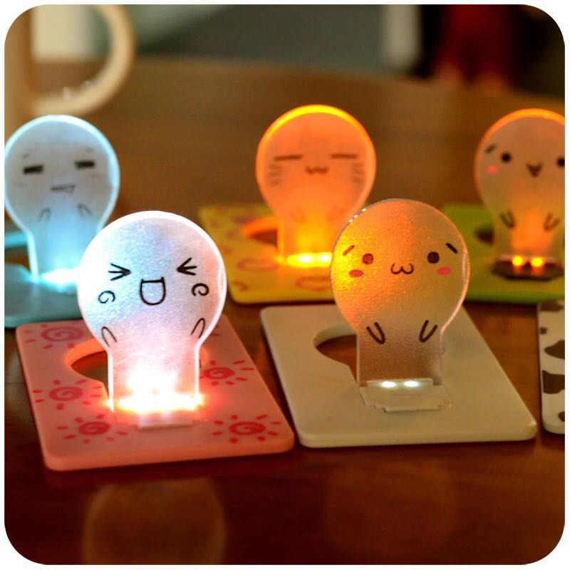 1 karta PC LED Light Night kieszeni karty kredytowej światło przenośne fajne dzieci lampa dekoracja dom rozmiar składana