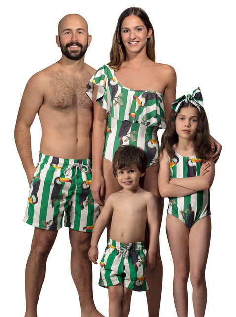 a95cc5d844 Fashion Family Matching Swimsuit Mom Girls One-piece Swimwear Men Boys Swim  Trunks Striped Print