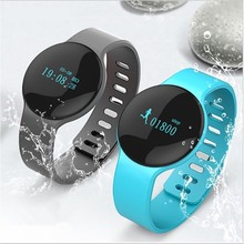 531f0a3b3d1 AKASO H8 Smartwatch Bluetooth Smart Watch Reloj Relogio 2G GSM SIM App Sync  Mp3