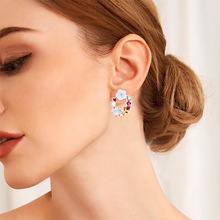 Trendy Classic Romantic Flowers Zinc Alloy Gold-Color Crystal Rhinestone Round Metal Pearl Geometric Womens Stud Earrings