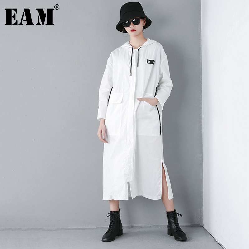 [EAM] 2019 New Spring Summer Hooded Long Sleeve Pattern Printed Pocket Big Size Long Windbreaker Women   Trench   Fashion Tide JQ634