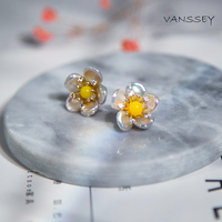 Vanssey Vintage Fashion Flower Handmade Baroque Natural Pearl Zircon Stud Earrings Party Wedding Accessories for Women 2018 New