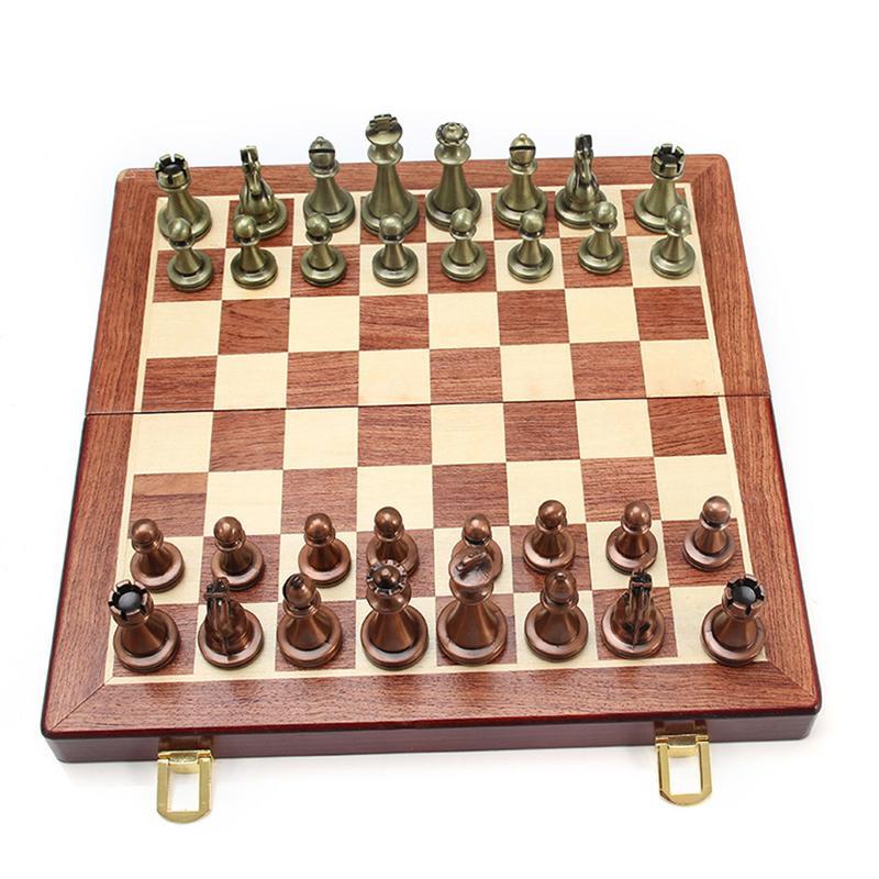 International D'échecs de Zinc Alliage Concurrentiel Puzzle Jeu Pliable Conseil Ensemble En Plein Air Voyage Accessoires Intellectuelle Divertissement