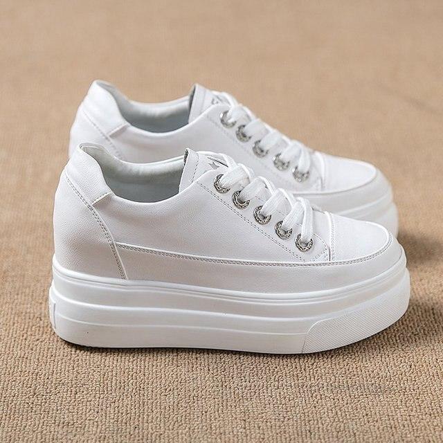 ad8ddfdf29 2018 Moda Outono Mulheres Casuais Sapatos de Cunha Tênis de Plataforma  Brancas Saltos Plataforma Fêmea Lazer