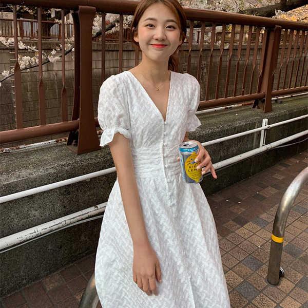 LANMREM 2019 летняя новая одежда для женщин в Корейском стиле с v-образным вырезом однобортный фонарь с коротким рукавом женские платья QG11200
