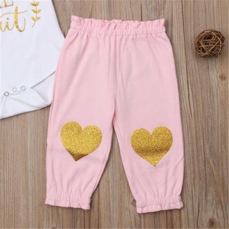 DEĞER BEKLEME Bebek Kız Üstleri Romper Pantolon Kafa Bandı Çocuk Sıcak Bebek Kız Giysileri Mektup Bodysuit Kalp Pantolon Yay saç bandı seti