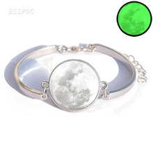 Glowing Moon Bracelet with Silver Color Glass Cabcohon Galaxy Moon Glow in the Dark Charm Bracelet Bangle for Men Women Gift цена