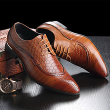 цена на Men Shoes Designer Formal Men Dress Shoes Point Toe Genuine Leather Lace Up Big Size 45 46 47 48 Brogue Mens Wedding Shoes Party