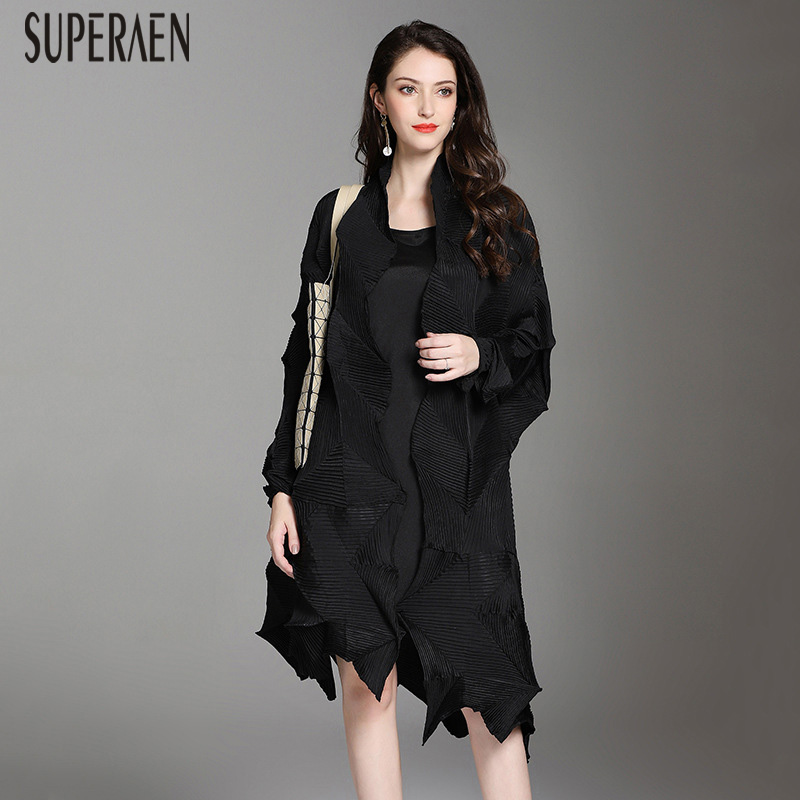 SuperAen Irregular Trench Coat for Women 2019 Autumn and Spring New Fold Windbreaker Female Lapel Wild