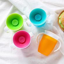 Вращающаяся на 360 градусов с двойной ручкой с откидной крышкой для обучения кормлению безопасная герметичная чашка для младенца бутылка для воды BPA бесплатно Copo Taza
