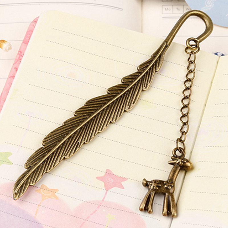 2018 New Fashion Vintage Alloy Bookmark Classical Feathers Deer Pendant Bookmark Stationery Books Accessories
