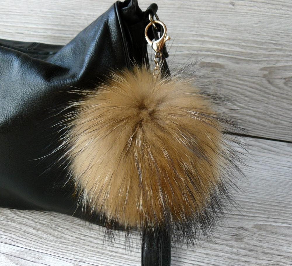6553bad09e luxury real raccoon fur keychain natural fur pompom keyring furry ball  fluffy purse plush furry keychain A88 .