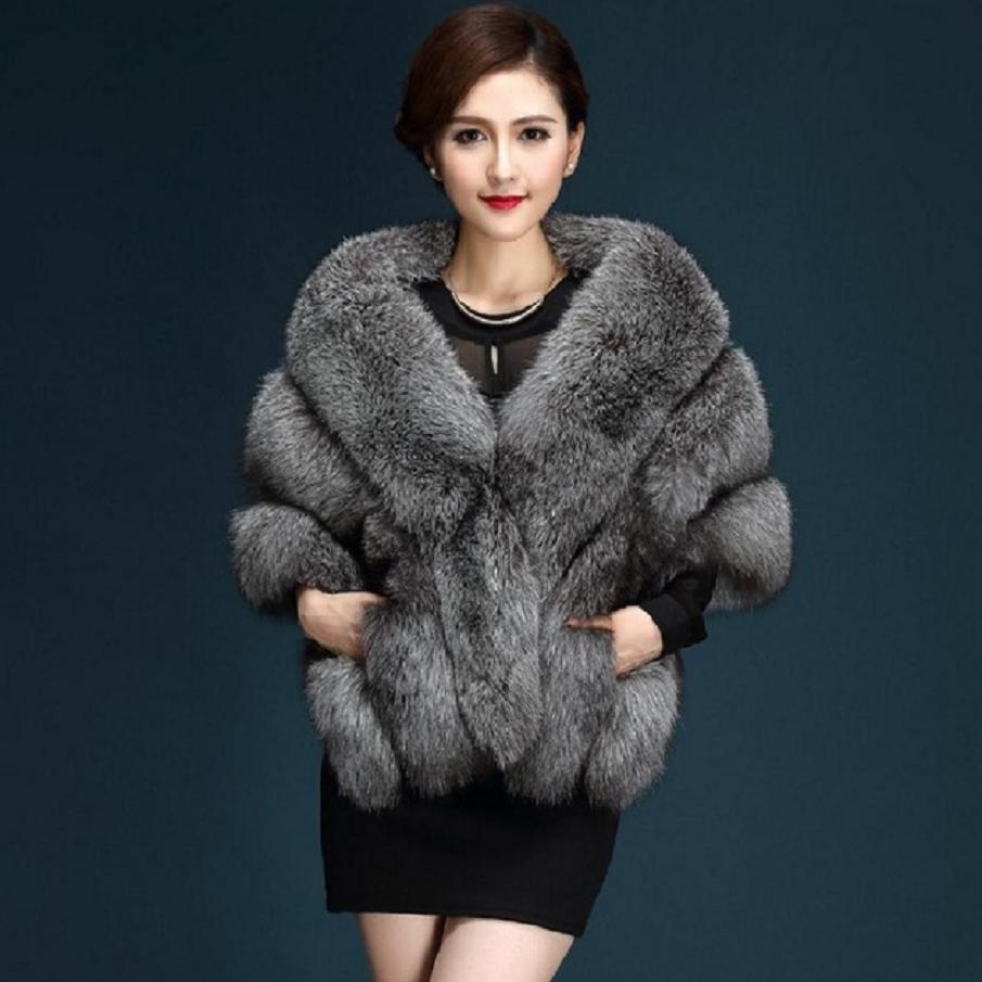 2019 Winter Faux Fur Coats Luxury Fox Fur Imitation Mink Fur Poncho Bridal Wedding Dress Shawl Cape Women Vest Fur Coat