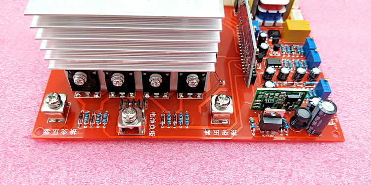 Fréquence de puissance onduleur à onde sinusoïdale Pure une plaque d'entraînement de carte principale 12v 24v 48v 60V 1000w 2000w 4000w plaque de changement Inverse