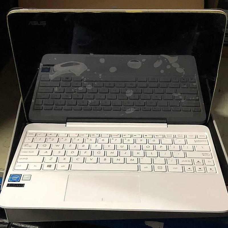 ASUS-2in1 Laptop Transformer Book T100TA 2GB RAM 32GB ROM Intel Atom Z3740 1.33 GHz 10.1 inch Windows 8.1 IPS Gaming Laptop