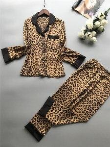 Image 5 - 2019 קיץ נשים פיג מה סטי עם מכנסיים משי Homewear סאטן הדפס מנומר סקסי פיג מה ארוך שרוול של פיג מה דק הלבשת