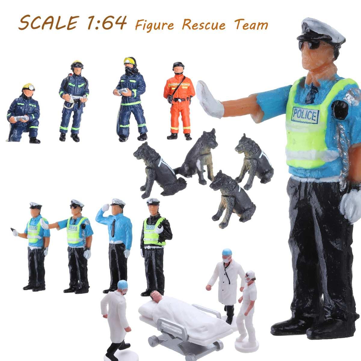 4Pcs/set 1:64 Race Medal Mini Policemen Firemen Rescue Team Dog Figure Model Set For Children Toy Group