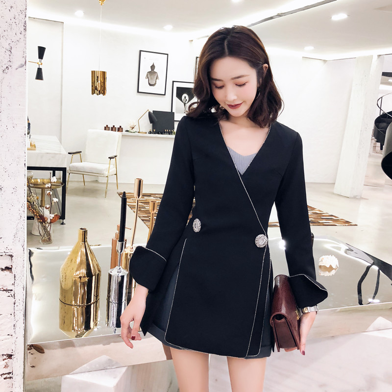 DEAT 2019 new V neck flare lseeves two buttons slim high fashion women single suit OL sexy jacket all match WD61801XL-in Blazers from Women's Clothing    2