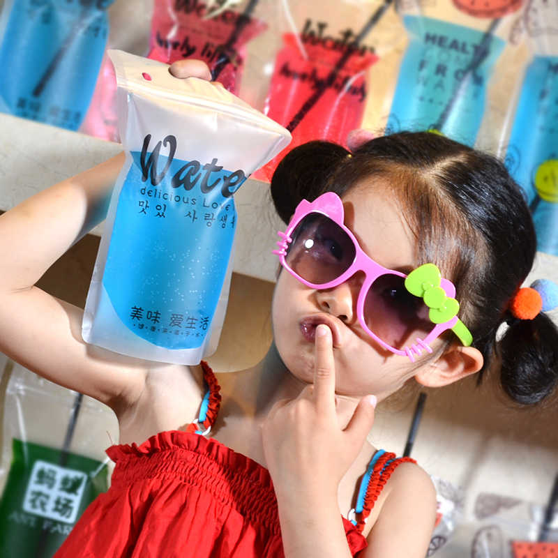 A variety of Beverage bags Fruit juice plastic bag ziploc packing bags reusable  100pcs give Straw